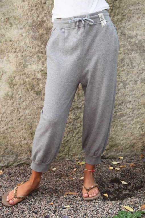 Cotton Capri gray